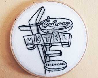 MOTEL NEON SIGN // Handmade embroidery // embroidery hoop// wood// made in Spain // Gallaway Motel // bedroom decor // retro // googie