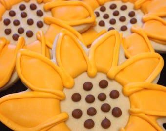 Sunflowers | Custom decorated Mother's Day cookies | Garden theme | Summer sun | Yellow flowers