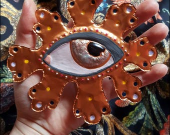 Ex-voto eye