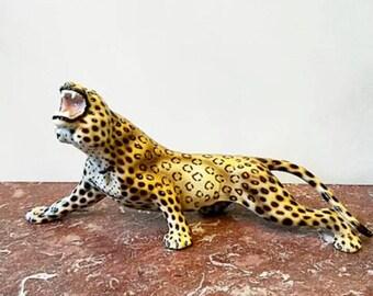 Leopardo de porcelana italiana.