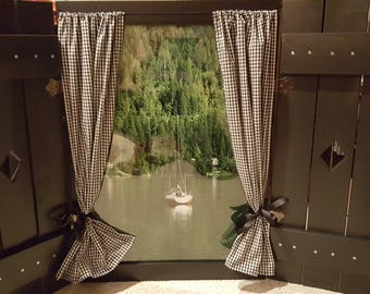 Window with a view - Lake view, cottage style