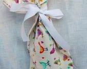 Cloth Gift bag - Bird Wrap - Reusable Gift Bag, Eco Friendly Gift Bag (wine)