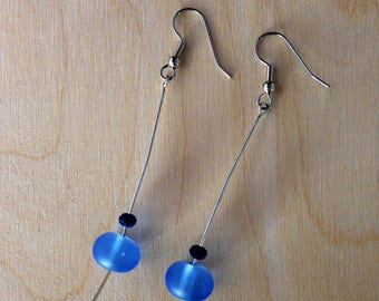 Blue drop earrings, glass, hammered wire, birthday, birthday gift