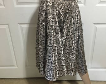 Fabulous 1950's Full Circle Skirt Silvery Pink Taffeta Black Floral Embroidery