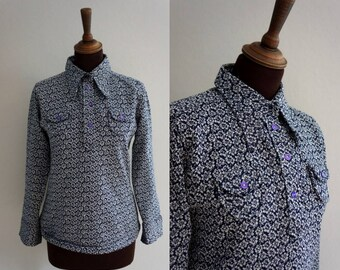 Late 1960s - Early 1970s Blue Floral Shirt / Vintage Blouse