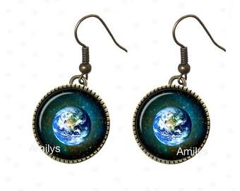 Earrings cabochon universe planet Earth.