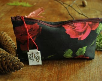 Pencil case / / School Kit / / red roses on black background print / / recycled fabrics