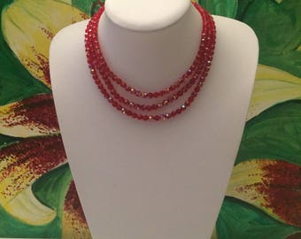 Striking red beaded vintage 60s necklace