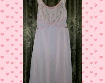 Vintage 1940's Pink Nightgown