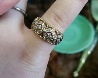 Vintage 925 ring gold tone ring costume jewelry size 7 rhinestone ring shiny ring