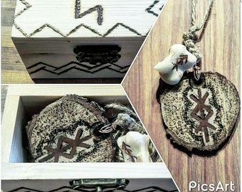 Talismans with Customizable Runes