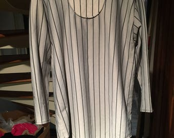 Baseball style shirt 3/4 sleeves