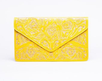 Theresa chiseled yellow clutch