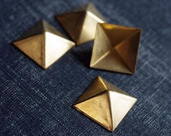 Rare 21.5mm Square Pyramid Stampings - 6pcs - Raw Brass - Gold Pyramid Stud - Brass Pyramid - Square Pyramid - Punk Rockabilly