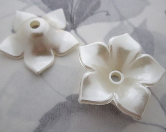 6 pcs. pearl pearlized plastic flower beads 35mm - r293