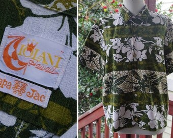 MAUI Wowie 1960's Men's Vintage Dark Olive Green Tropican Hawaiian TIKI Barkcloth Shirt // size Medium // by IOLANI // Hapa Jac