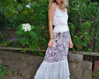 Broderie Lace Ruffle Maxi Skirt size S