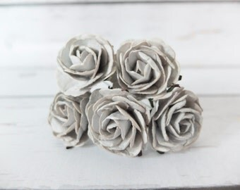 5 35mm light grey mulberry paper roses (Style 1)