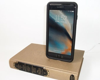Complete Works of William Shakespeare Book  IPhone 5/6/7 Docking Station Dock Charger