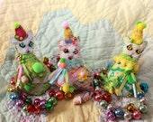 Itty Bitty Pretty Mini Birthday Kitty Quilty Critter Cats Magnets - Folk Art, Novelty, Love Token, Party Favor
