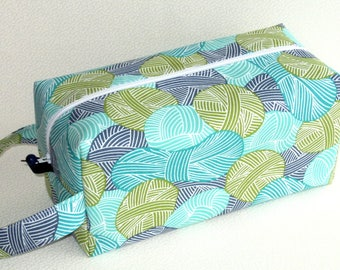 Bigger Boxy Bag Knitting Project Bag - Wound Up in blue