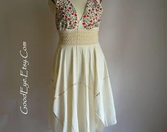 Vintage Embroidered Cotton Halter Dress / Stretch Waist SCARF HEMLINE / size small medium 8 10 12 / Red White Floral Sundress