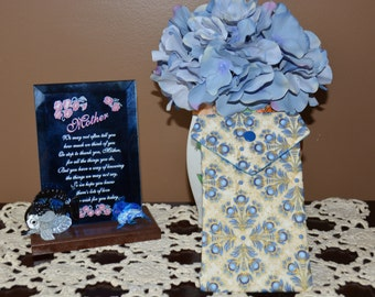 Pot Pouch in cream and blue floral design