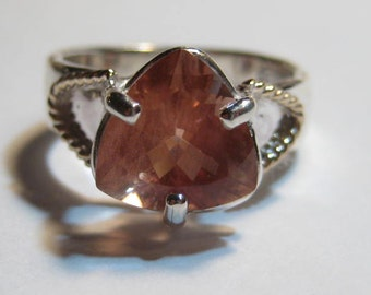 Beautiful  Peachy Rose Oregon Sunstone  Ring ... Sterling Silver and 14 kt Gold .. Size 7 1/2 ... e991