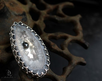 Salt of the Earth // Boho Shadowbox Black Oco Geode Slice Necklace in Stering Silver by Bellaalili