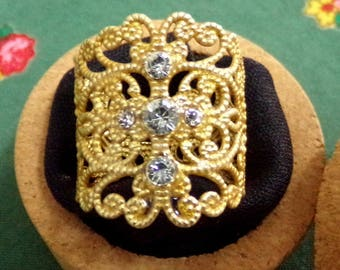 Portuguese filigree gold ring rhinestones