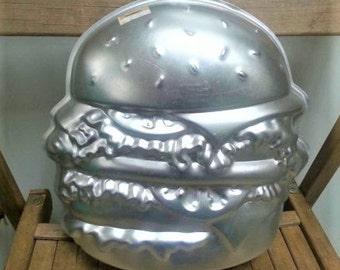 80s Wilton Hamburger Cheeseburger Shaped Cake Pan