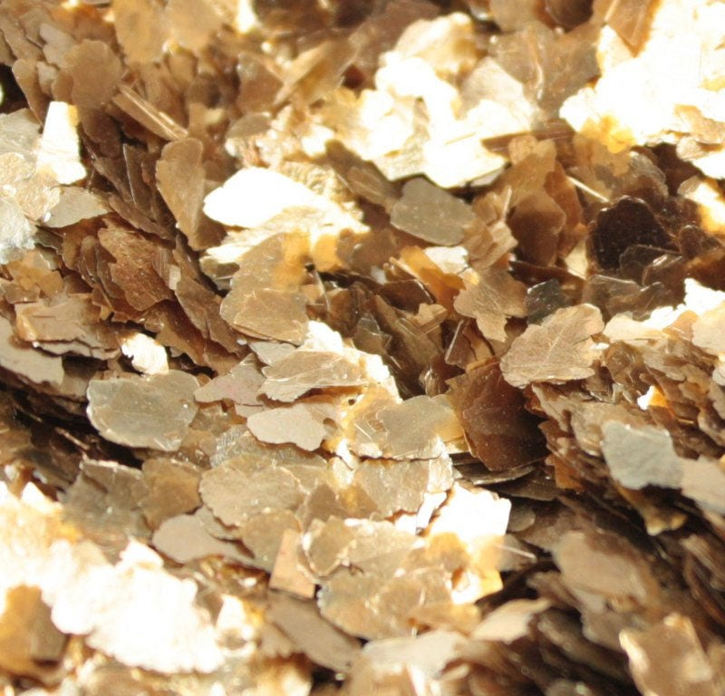 Gold large flake mica flakes art glitter craft glitter for Mica decoration cloche