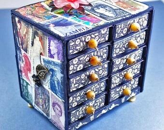 Trinket box | Miniature trinket chest | Women black history stamps