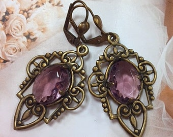 Banana Bob Vintage Earrings - Retro 1980s Gold Ox Amethyst Glass Oval Cab Intricate Setting
