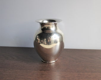 Vintage modern silver vase, by Reed and Barton