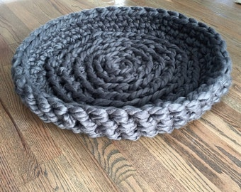 Pet Bed - Chunky Knit Cat Bed, Crochet cat bed or small dog bed - grey gray