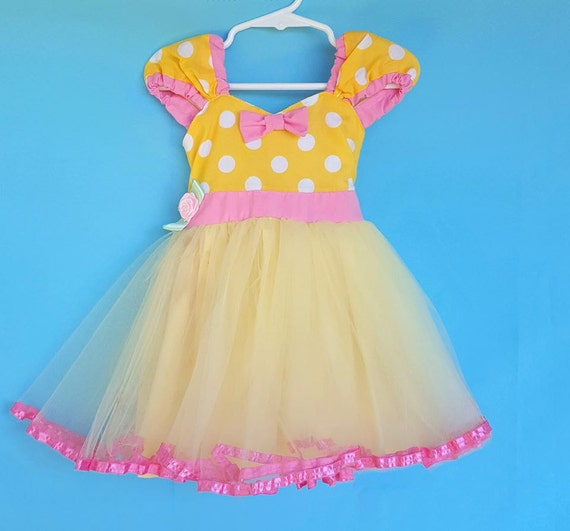 MINNIE MOUSE dress, yellow polka dot dress, Minnie Mouse dress, yellow Minnie Mouse Dress, BELLE dress 1st birthday baby outfit for girl