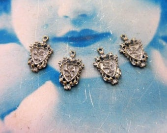 Gold Plated Frosted White Patina Coat of Arms Shield Charms 1094WHT x4