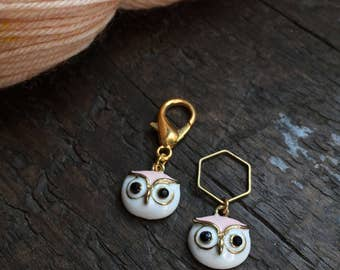 Pink Owl Knitting Stitch Marker / Progress Keeper