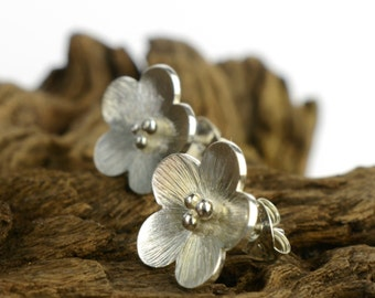 Sterling silver flower earrings, floral earrings, scratched texture blossom flowers, flower post earrings, silver flower stud earrings