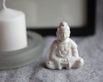 Ceramic Buddha in Stoneware with White Glaze