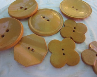 Vintage Buttons -Mid Century Modern mix of butterscotch celluloid or Bakelite lot of 11 and old and sweet( oct 239