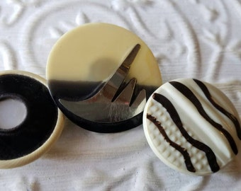 Vintage Buttons -Mid Century Modern mix of off white and  black celluloid  lot of 3 and old and sweet(feb400  17)