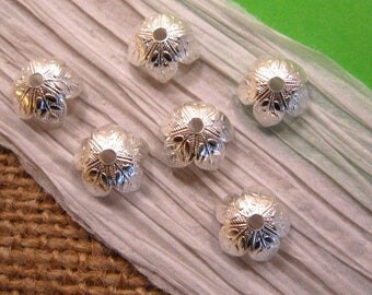 8mm Sterling Silver Plated Leaf Bead Caps from Nunn Design - 6 Count