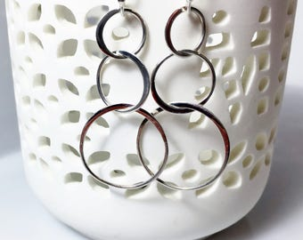 Silver Circle Dangles, Interlocking Circle Drops, Three Tier Earrings, Everyday Accessory