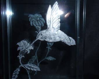 Carved Hummingbird, Glass Humming Bird, Desk Top Decore, Etched Hummingbird, Home Decor, Wedding Gift, Glass Gift, Nature Art, Glass Art