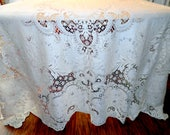 Vintage Quaker Lace Tablecloth or Lace Overlay in the Original Box Countess Pattern 72 X 90 Inches SVFT ECS