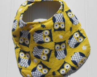 READY TO SHIP 100% cotton flannel baby bib - green and blue owl print