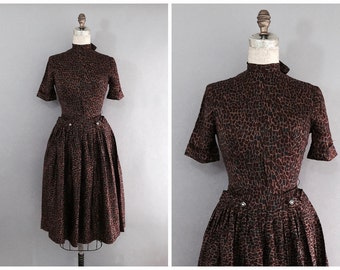 brown 60s day dress • 1960s vintage dress