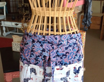 Vendor apron with zippered pocket roosters and navy paisley